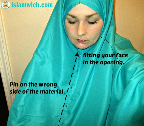 pinning the khimar together
